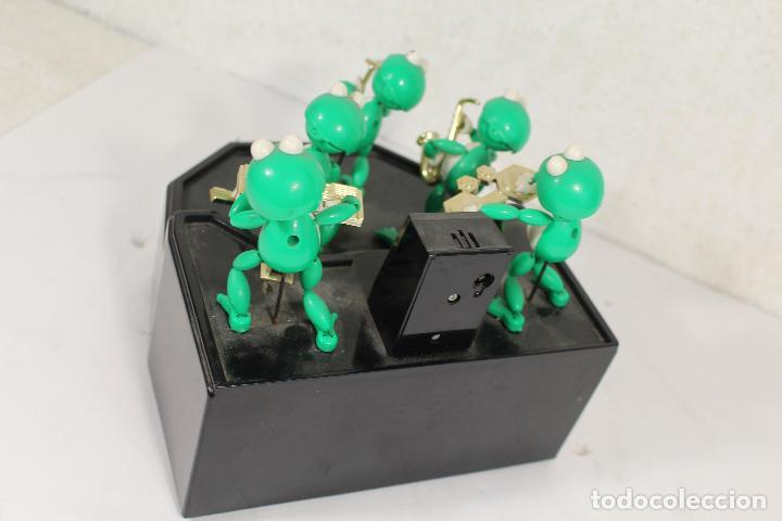 Juguetes antiguos y Juegos de colección: THE FROG BAND. GREEN MACHINE. LA BANDA DE LAS RANAS - Foto 2 - 268868314