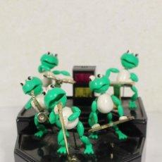 Juguetes antiguos y Juegos de colección: THE FROG BAND. GREEN MACHINE. LA BANDA DE LAS RANAS. Lote 268868314
