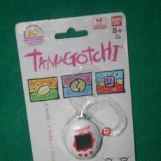 Juguetes antiguos y Juegos de colección: TAMAGOTCHI BLISTER BANDAI. Lote 278817378