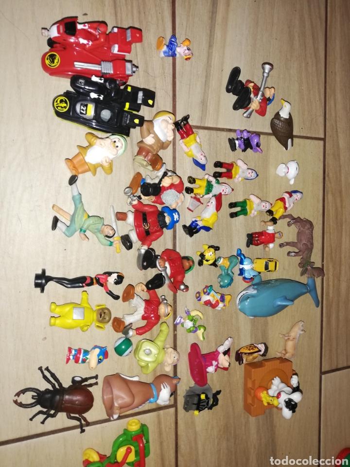 Juguetes antiguos y Juegos de colección: Lote de 44 figuras de goma y de marcas conocidas y piezas sueltas más de 60 no se a que pertenecen.. - Foto 9 - 238787130