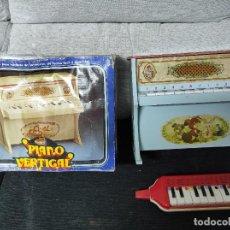 Juguetes antiguos y Juegos de colección: JUGUETE ANTIGUO PIANO VERTICAL MEDITERRÁNEO Y GUERRINI. Lote 239926385