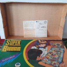 Juguetes antiguos y Juegos de colección: SUPER BILLAR ELÉCTRICO. RIMA. SOLO LA CAJA VACIA CON INSTRUCCIONES.. Lote 240663015