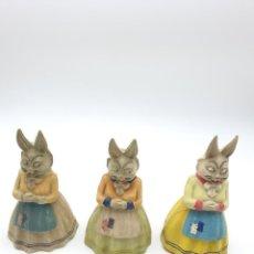 Juguetes antiguos y Juegos de colección: 3 JUGUETES EN CELULOIDE CON SONIDO, SRA CONEJA ( VER FOTOS ). Lote 243968945