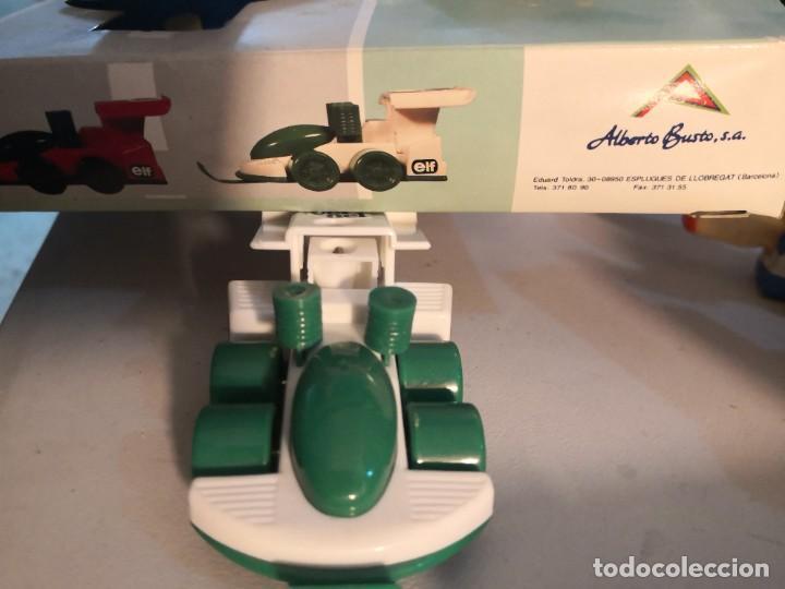 Juguetes antiguos y Juegos de colección: Raro coche set 4 en 1 deportivo set regla, afilador y dos clips. Por Alberto busto. - Foto 2 - 251279035