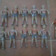 Jouets Anciens et Jeux de collection: ANTIGUOS JUGADORES DE FUTBOLIN.BARCELONA F.C.EQUIPO COMPLETO.. Lote 257906035
