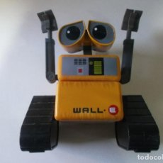 Juguetes antiguos y Juegos de colección: WALL.E JUGUETE ROBOT CON RUEDAS, DISNEY PIXAR,. Lote 260309875