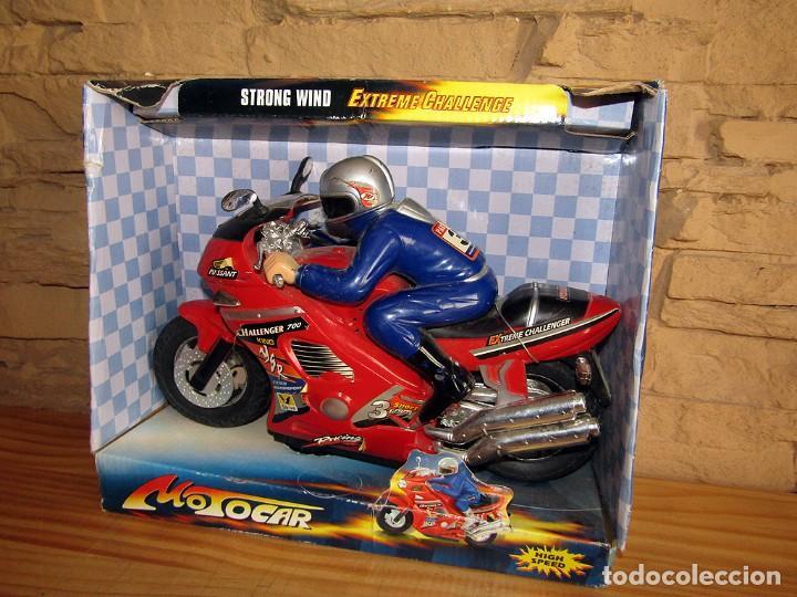 STRONG WIND MOTOCAR - MOTO CON LUZ Y SONIDO - NUEVA Y EN SU CAJA ORIGINAL (Juguetes - Varios)