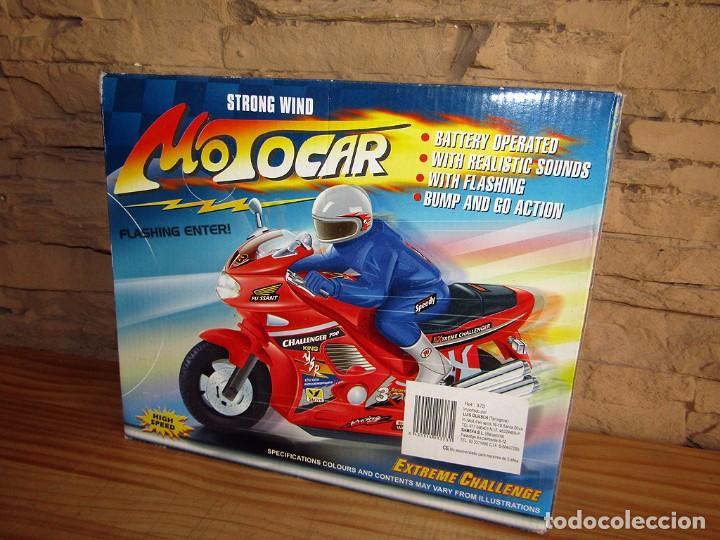 Juguetes antiguos y Juegos de colección: STRONG WIND MOTOCAR - MOTO CON LUZ Y SONIDO - NUEVA Y EN SU CAJA ORIGINAL - Foto 2 - 261651400