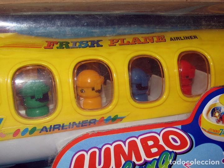 Juguetes antiguos y Juegos de colección: JUMBO TALKING AIRPLANE - AVION CON PASAJEROS A PILAS - NUEVO Y EN SU CAJA ORIGINAL - Foto 2 - 261852440