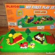 Juguetes antiguos y Juegos de colección: PLAYGO - MY FIRST PLAY SET - GRANJA CON TREN Y ANIMALES - NUEVO A ESTRENAR Y EN SU CAJA ORIGINAL. Lote 261852555