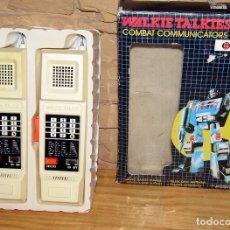 Juguetes antiguos y Juegos de colección: ANTIGUOS WALKIE TALKIES COMBAT COMMUNICATORS - FUNCIONANDO Y EN SU CAJA ORIGINAL. Lote 267739714