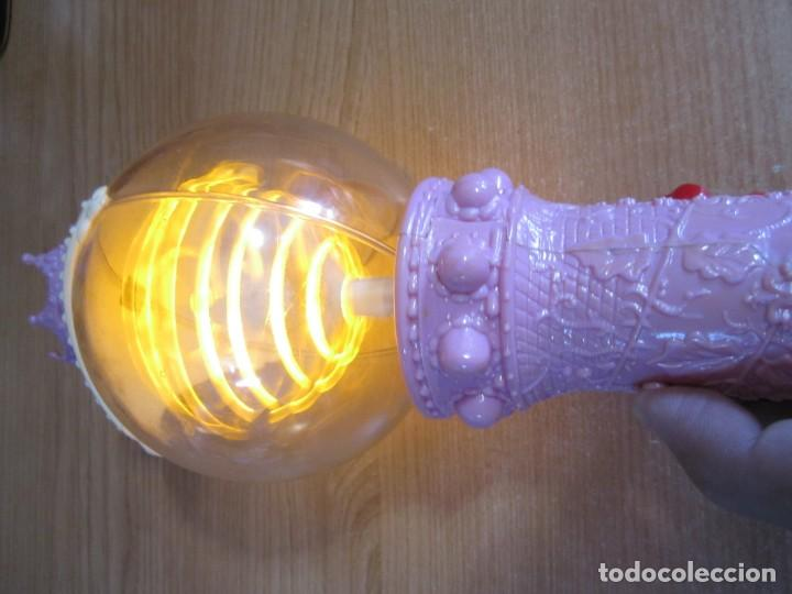 Juguetes antiguos y Juegos de colección: juguete varita disney princesas con luz - Foto 6 - 269353468