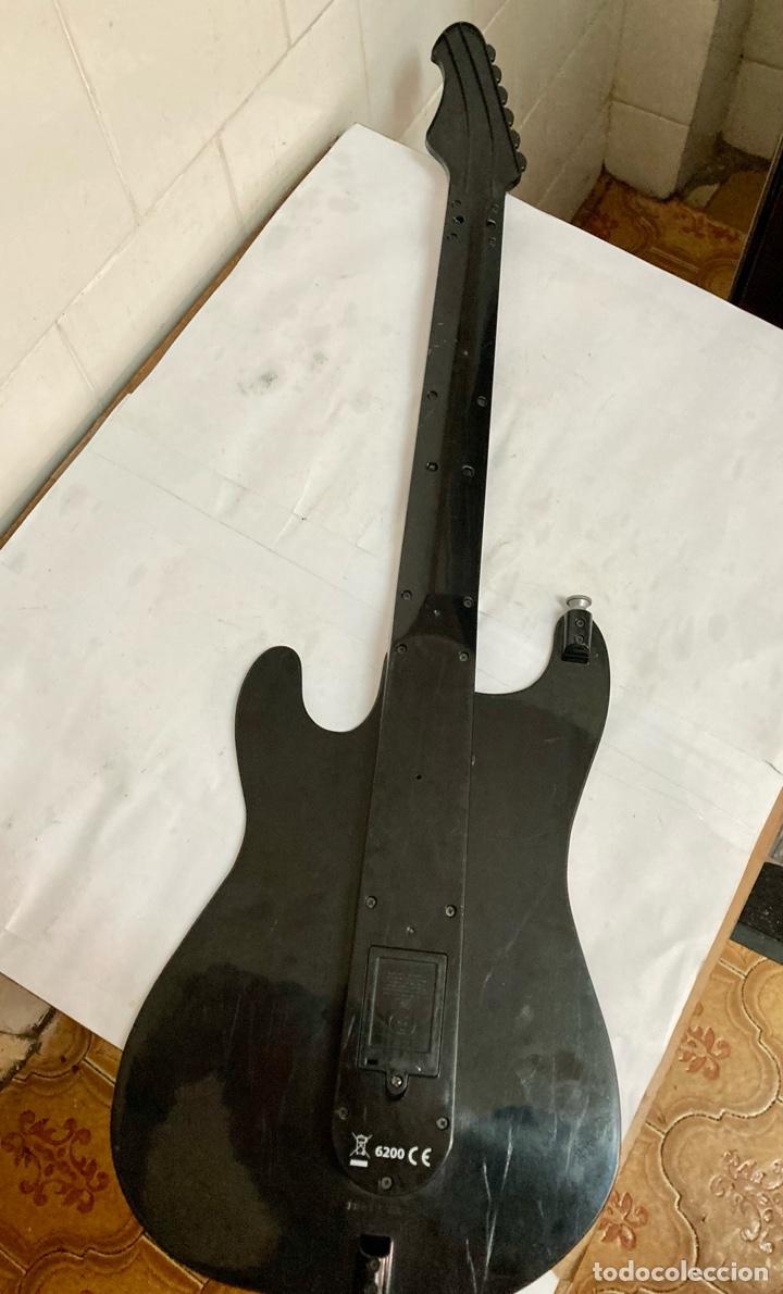 Juguetes antiguos y Juegos de colección: Guitarra PAPER JAMZ, ( juguete ) funciona perfectamente - Foto 5 - 277477193