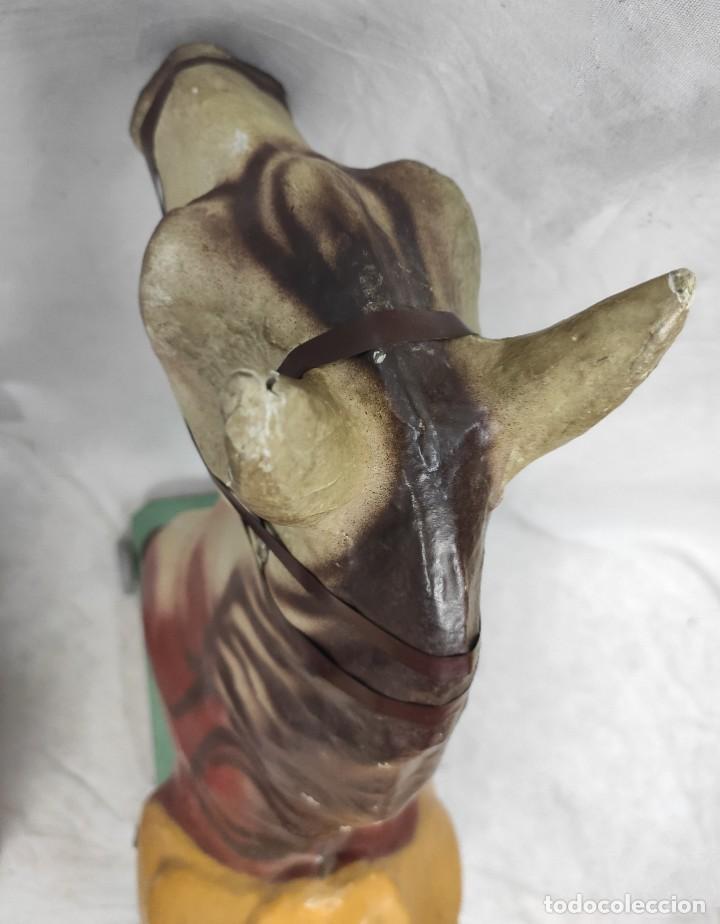 Juguetes antiguos y Juegos de colección: Caballo de juguete de cartón piedra, hacia 1950. Fabricante: Antonio Penas Sardà. - Foto 12 - 277728058