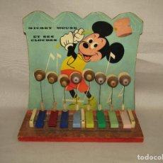 Juguetes antiguos y Juegos de colección: ANTIGUO JUGUETES MUSICAL MICKEY MOUSE Y SUS CAMPANAS - MADERA Y PLÁSTICO. Lote 278410178