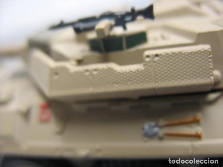 Juguetes antiguos y Juegos de colección: tanque militar mide 12 cm. con el cañon desconosco marca - Foto 4 - 286515178