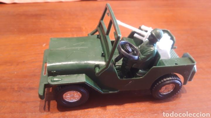 Juguetes antiguos y Juegos de colección: Jeep Willys- juguete plástico- marca jalbe años 70 - Foto 2 - 287260193