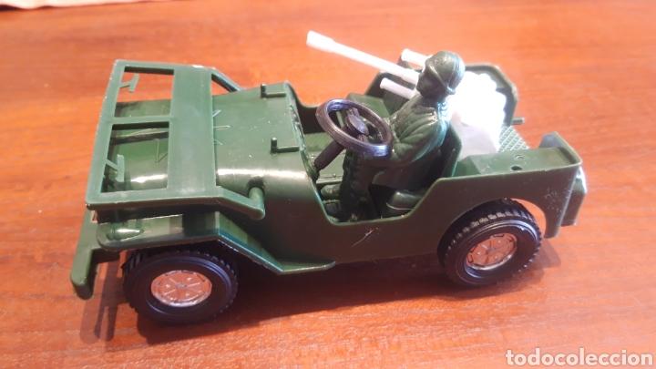Juguetes antiguos y Juegos de colección: Jeep Willys- juguete plástico- marca jalbe años 70 - Foto 3 - 287260193
