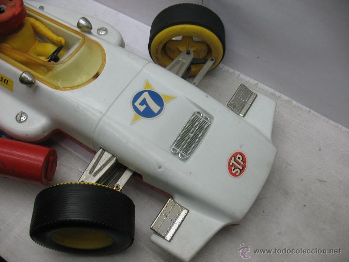 Juguetes antiguos Jyesa: Jyesa - Enorme bólido de carreras con mecanismo a pilas dirigido por cable de los años 60 - Foto 2 - 47894317