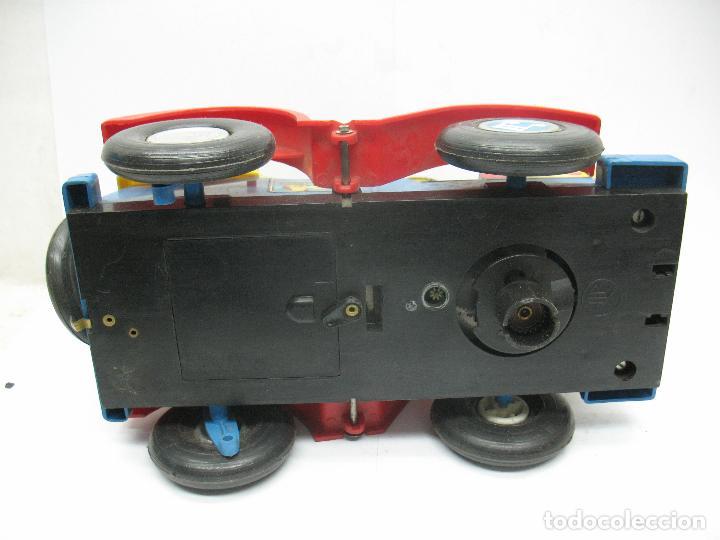 Juguetes antiguos Jyesa: Jyesa Ref: 460 - El auto del tío calambres coche de plástico con mecanismo a pilas - Foto 10 - 71987755