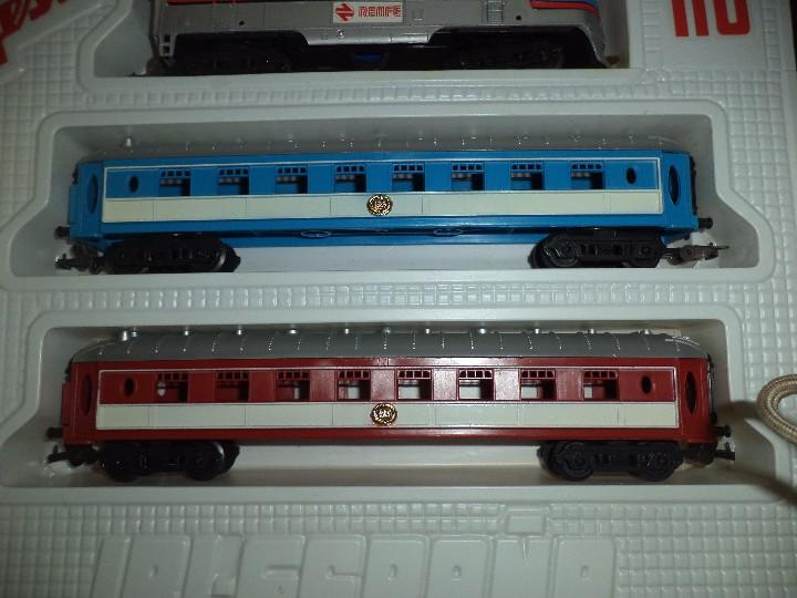 Juguetes antiguos Jyesa: Tren eléctrico a pilas de Jyesa esc.H0.Años 70. - Foto 5 - 105429639