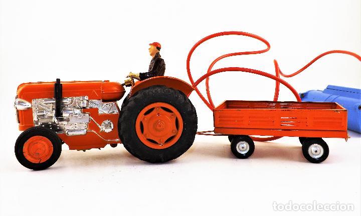 Juguetes antiguos Jyesa: Jyesa Tractor con remolque Años 60 - Foto 4 - 198352408