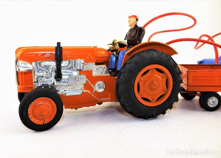 Juguetes antiguos Jyesa: Jyesa Tractor con remolque Años 60 - Foto 5 - 198352408