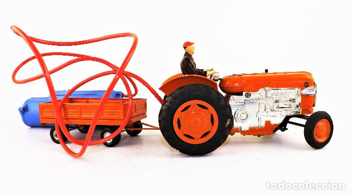 Juguetes antiguos Jyesa: Jyesa Tractor con remolque Años 60 - Foto 7 - 198352408