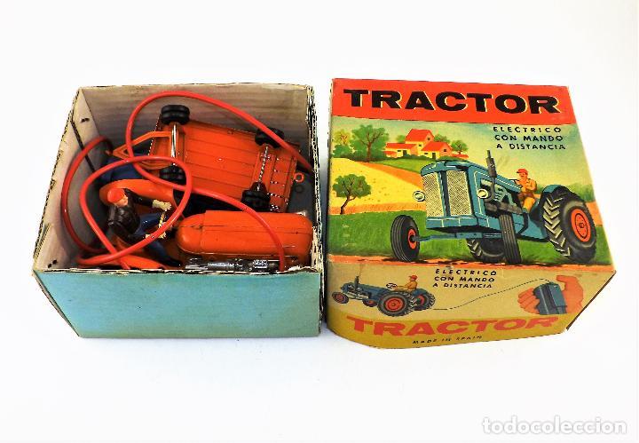 Juguetes antiguos Jyesa: Jyesa Tractor con remolque Años 60 - Foto 9 - 198352408