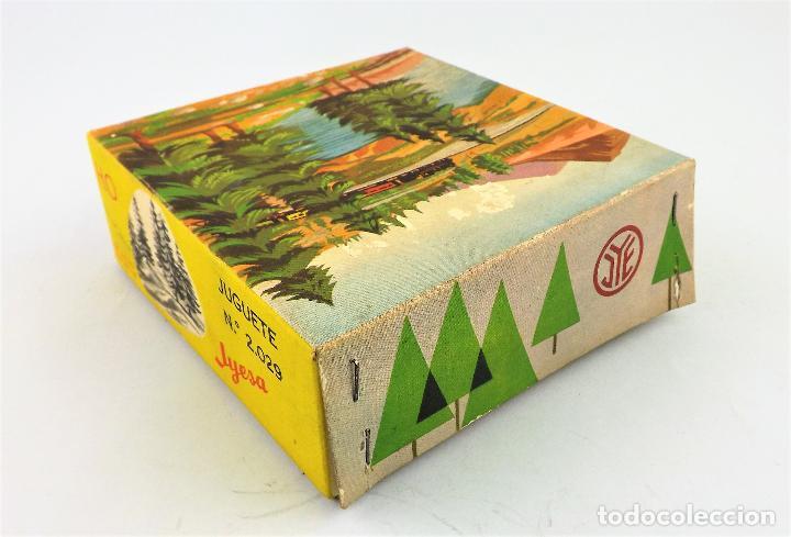 Juguetes antiguos Jyesa: Jyesa 2029 Caja con abetos - Foto 2 - 267858994