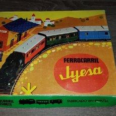 Juguetes antiguos Jyesa: FERROCARRIL JYESA FABRICADO EN ESPAÑA AÑOS 70 FUNCIONANDO. Lote 139709904