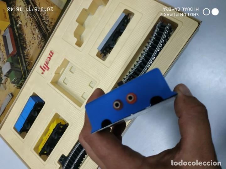 Juguetes antiguos Jyesa: juego de trenes jyesa H0 en caja nunca jugado perfecto estado de coleccion locomotora vias trenes - Foto 2 - 167887476