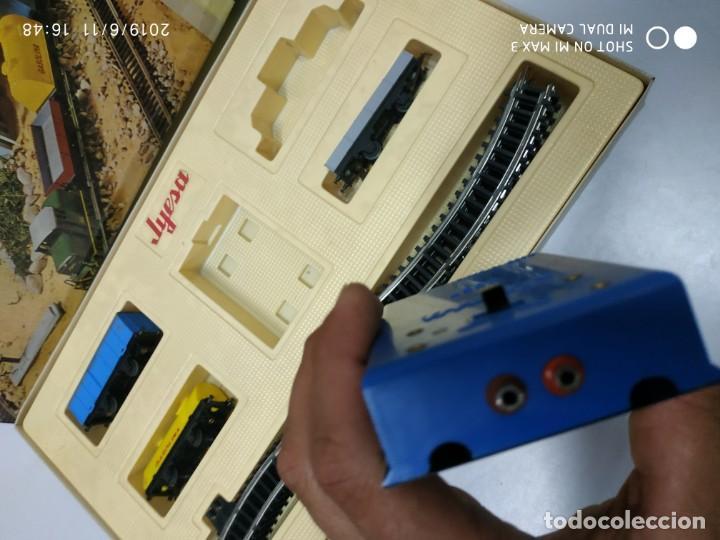 Juguetes antiguos Jyesa: juego de trenes jyesa H0 en caja nunca jugado perfecto estado de coleccion locomotora vias trenes - Foto 3 - 167887476