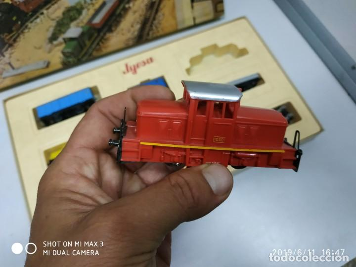 Juguetes antiguos Jyesa: juego de trenes jyesa H0 en caja nunca jugado perfecto estado de coleccion locomotora vias trenes - Foto 8 - 167887476