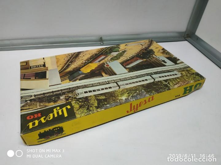 Juguetes antiguos Jyesa: juego de trenes jyesa H0 en caja nunca jugado perfecto estado de coleccion locomotora vias trenes - Foto 14 - 167887476