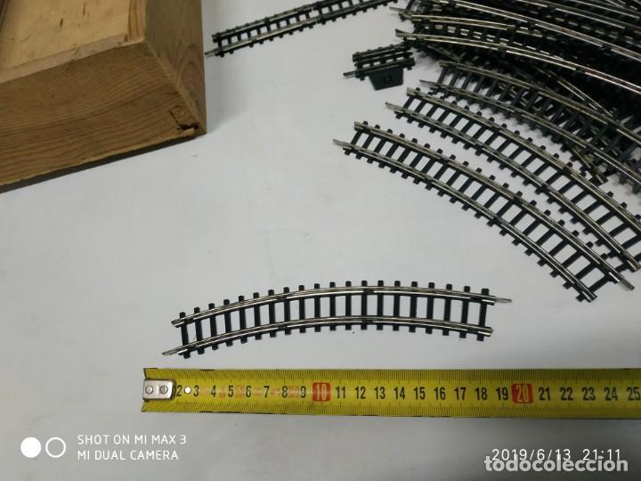 Juguetes antiguos Jyesa: lote de de vias de tren jyesa 80 curvas crucetas y recta Ho juego vintage antiguo - Foto 4 - 168215852