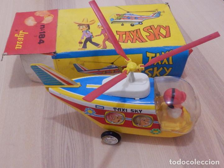 Juguetes antiguos Jyesa: Juguete Nº 184 de Hojalata - Helicóptero Taxi-Ski - Jyesa - Nuevo con Caja Original - Fricción - Foto 2 - 191556117