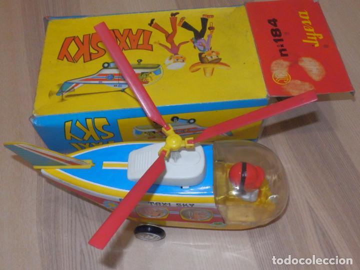 Juguetes antiguos Jyesa: Juguete Nº 184 de Hojalata - Helicóptero Taxi-Ski - Jyesa - Nuevo con Caja Original - Fricción - Foto 3 - 191556117