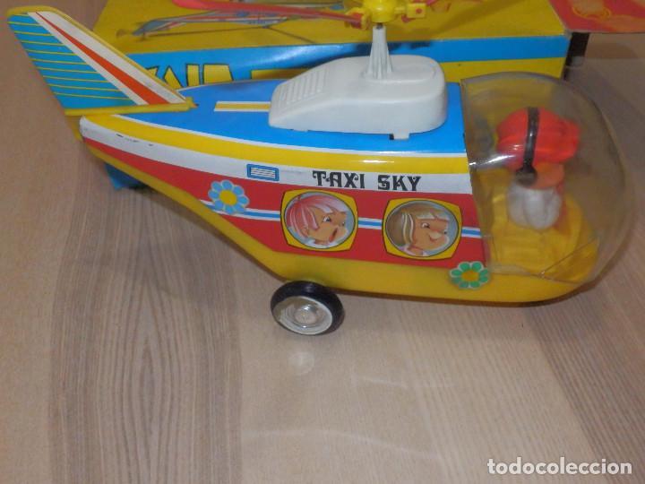 Juguetes antiguos Jyesa: Juguete Nº 184 de Hojalata - Helicóptero Taxi-Ski - Jyesa - Nuevo con Caja Original - Fricción - Foto 5 - 191556117