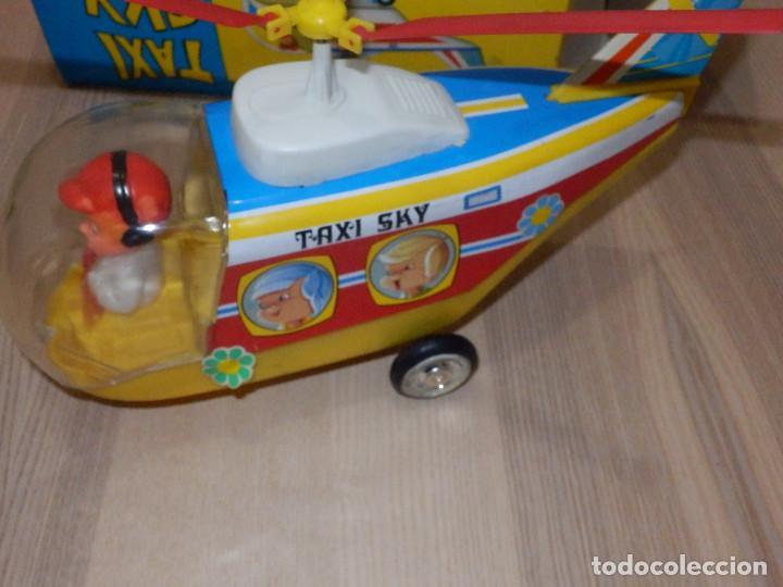 Juguetes antiguos Jyesa: Juguete Nº 184 de Hojalata - Helicóptero Taxi-Ski - Jyesa - Nuevo con Caja Original - Fricción - Foto 7 - 191556117