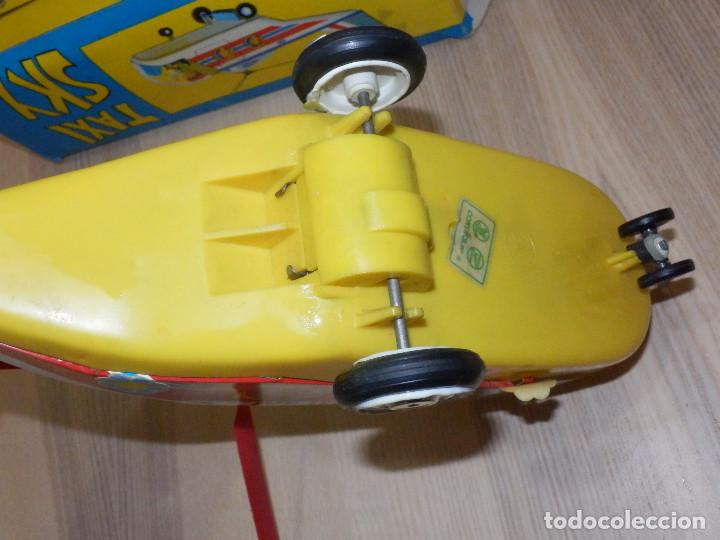 Juguetes antiguos Jyesa: Juguete Nº 184 de Hojalata - Helicóptero Taxi-Ski - Jyesa - Nuevo con Caja Original - Fricción - Foto 9 - 191556117