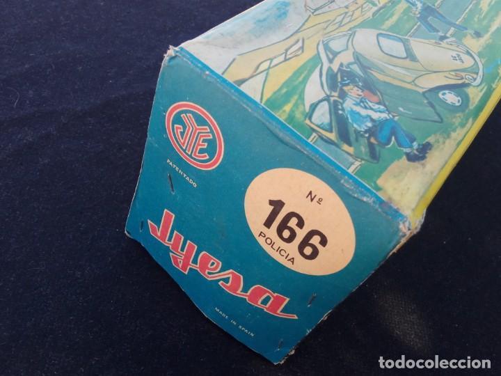 Juguetes antiguos Jyesa: HELICÓPTERO ELÉCTRICO DE POLICÍA - JYESA – CON CAJA – Nº 166 – AÑOS 60. - Foto 7 - 194222063