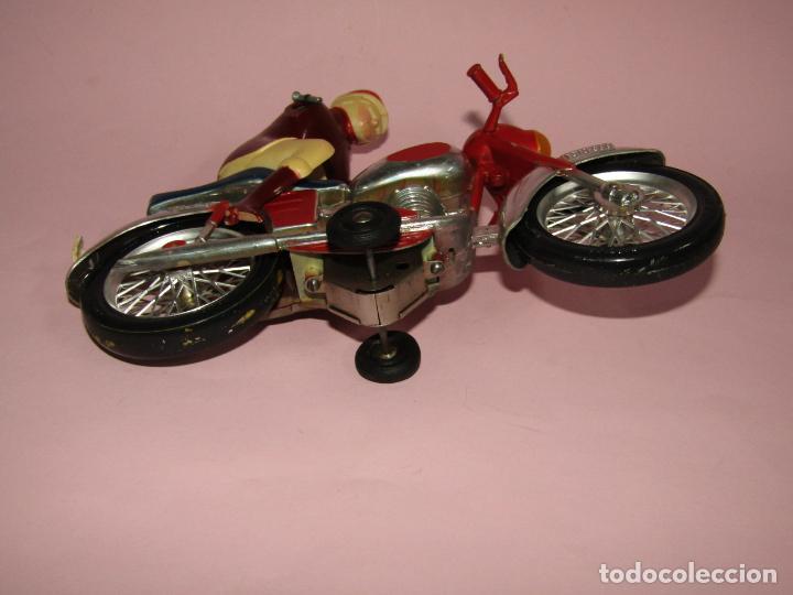 Juguetes antiguos Jyesa: Antigua Moto con Motorista FCTO 999 a Fricción de Juguetes JYE JYESA de Ibi - Foto 3 - 219697791