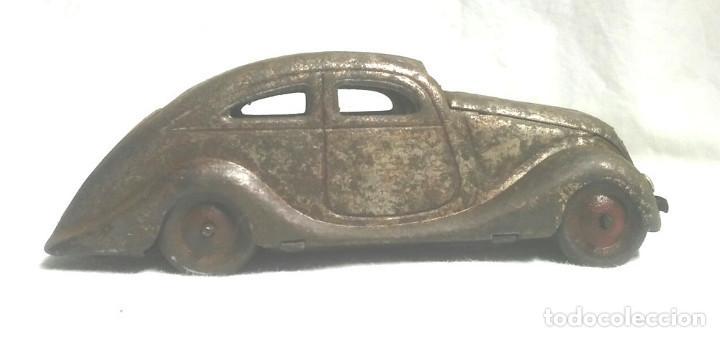 Juguetes antiguos Jyesa: Coche Sedan de Jyesa años 40, mecanismo de cuerda. Med 12,50 cm - Foto 3 - 222871331