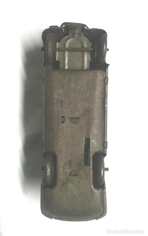 Juguetes antiguos Jyesa: Coche Sedan de Jyesa años 40, mecanismo de cuerda. Med 12,50 cm - Foto 6 - 222871331