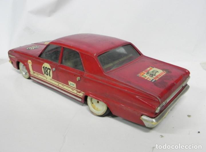 Juguetes antiguos Jyesa: Coche Dodge barreiros Dart de Jyesa, años 60, Firestone, Montecarlo, las ruedas estan deformadas y l - Foto 3 - 234326030