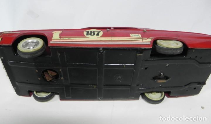 Juguetes antiguos Jyesa: Coche Dodge barreiros Dart de Jyesa, años 60, Firestone, Montecarlo, las ruedas estan deformadas y l - Foto 6 - 234326030
