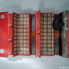Brinquedos antigos Jyesa: INTERIOR COMPLETO DEL SEAT 1400/1500 GRANDE DE JYESA. Lote 238547765