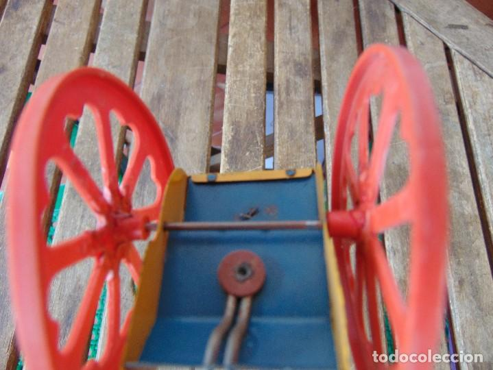 Juguetes antiguos Jyesa: AVESTRUZ TIRANDO DE CARRO DE LA MARCA JYESA JYE INCOMPLETO NO LE VA LA CUERDA - Foto 14 - 280778848
