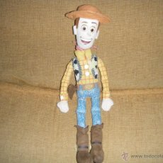 Juguetes Antiguos: VAQUERO WOODY TOY STORY PELUCHE. Lote 41328344